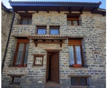 Casa Arangol