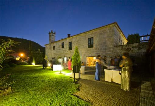 Hotel rural abad a caldaria arnoia ourense espa a casas rurales apartamentos rurales y - Casas rurales con encanto en galicia ...