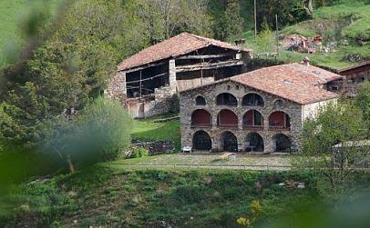 Casa rural la costa de moll mollo gerona espa a casas - Casas rurales en la costa ...