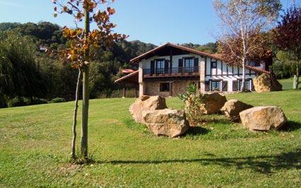Agroturismo artizarra hondarribia guipuzcoa espa a - Casas rurales portugal ...
