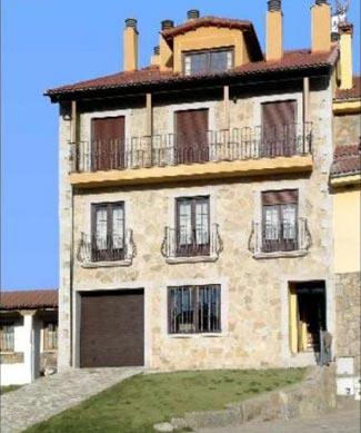 Complejo rural la venta navarredonda de gredos vila espa a casas rurales apartamentos Casa rurales portugal