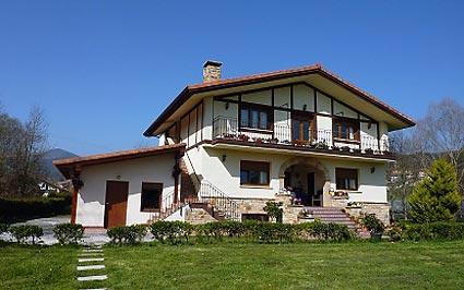 Casa rural ibarrondo etxea munguia vizcaya espa a - Casas rurales portugal ...