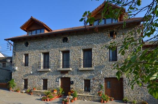 Casa rural perico fiscal huesca espa a casas rurales y hoteles en espa a y portugal - Casa rural lisboa ...