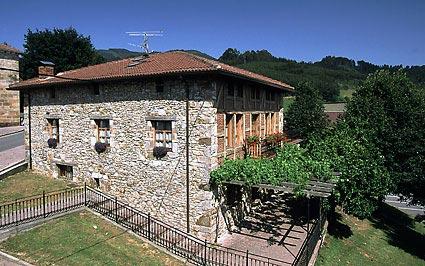 Casa rural bekoabadene me aka vizcaya espa a casas - Casas rurales portugal ...