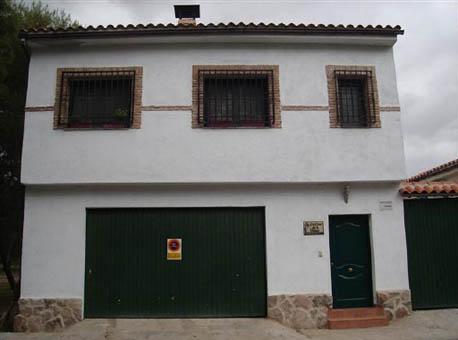 La casa de la veleta la puebla de montalb n toledo - Casas rurales portugal ...